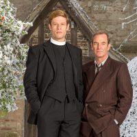 [SÉRIES] Grantchester – Saison 3 – La série qui me donne envie de voir le petit Jésus du beau pasteur